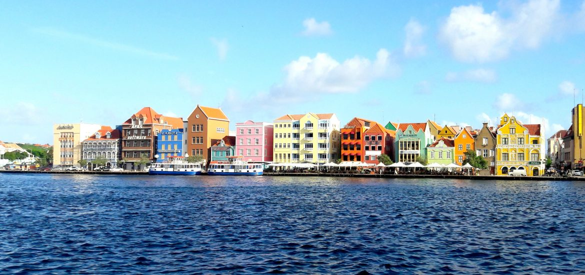 vibrant colors willemstad curacao